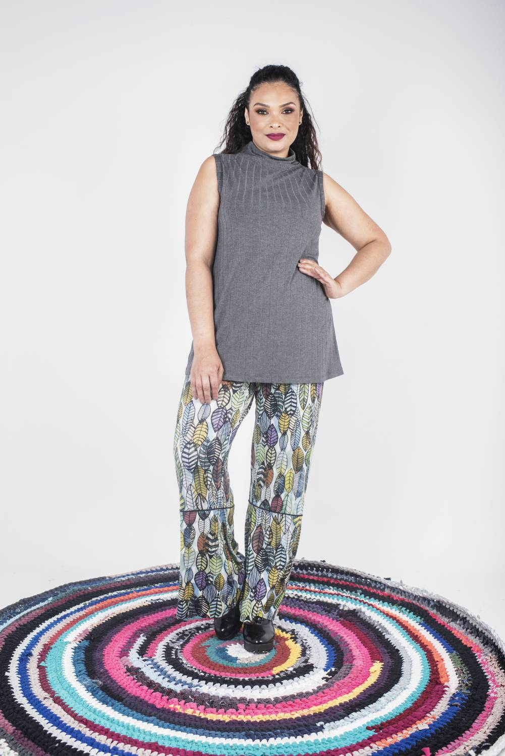 ENCOMENDAS PREVIEW – REGATA PLUS SIZE SOLTINHA COM GOLA ALTA