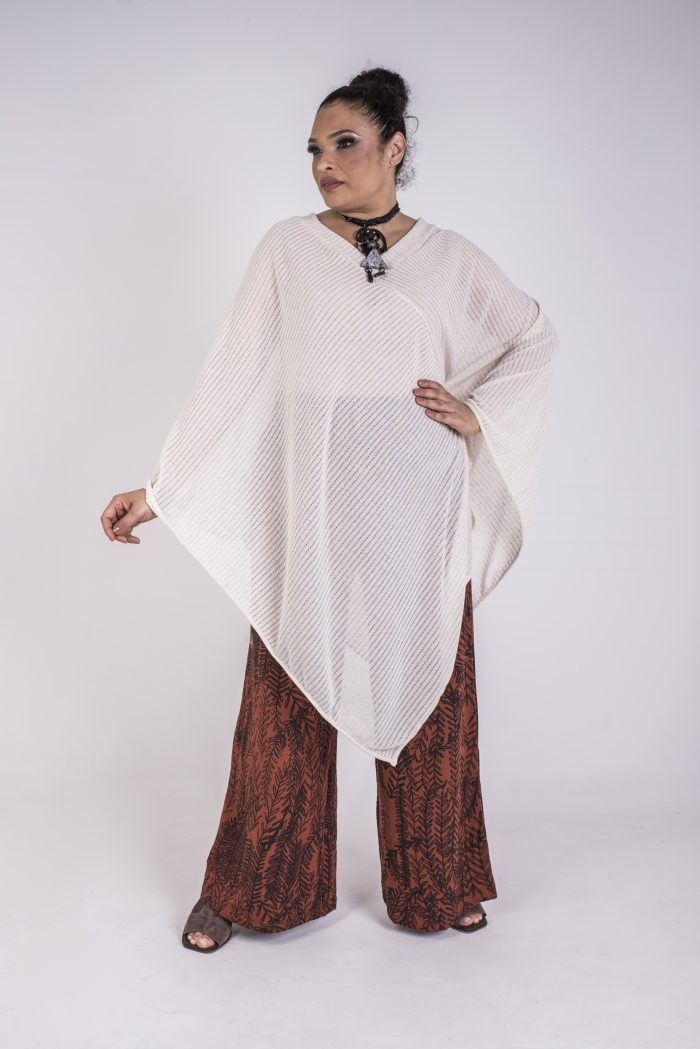 PONCHO PLUS SIZE OFF WHITE